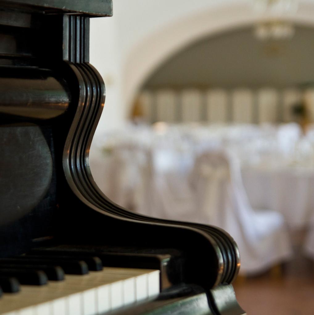 Saal Klavier