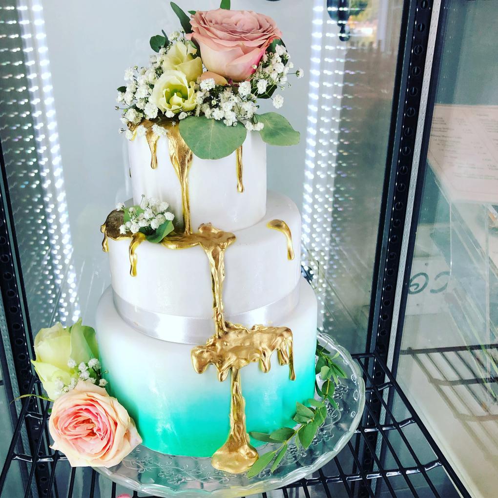 Torte in Türkisgold